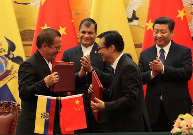 Ecuador se endeudo en 500 millones de dolares con China