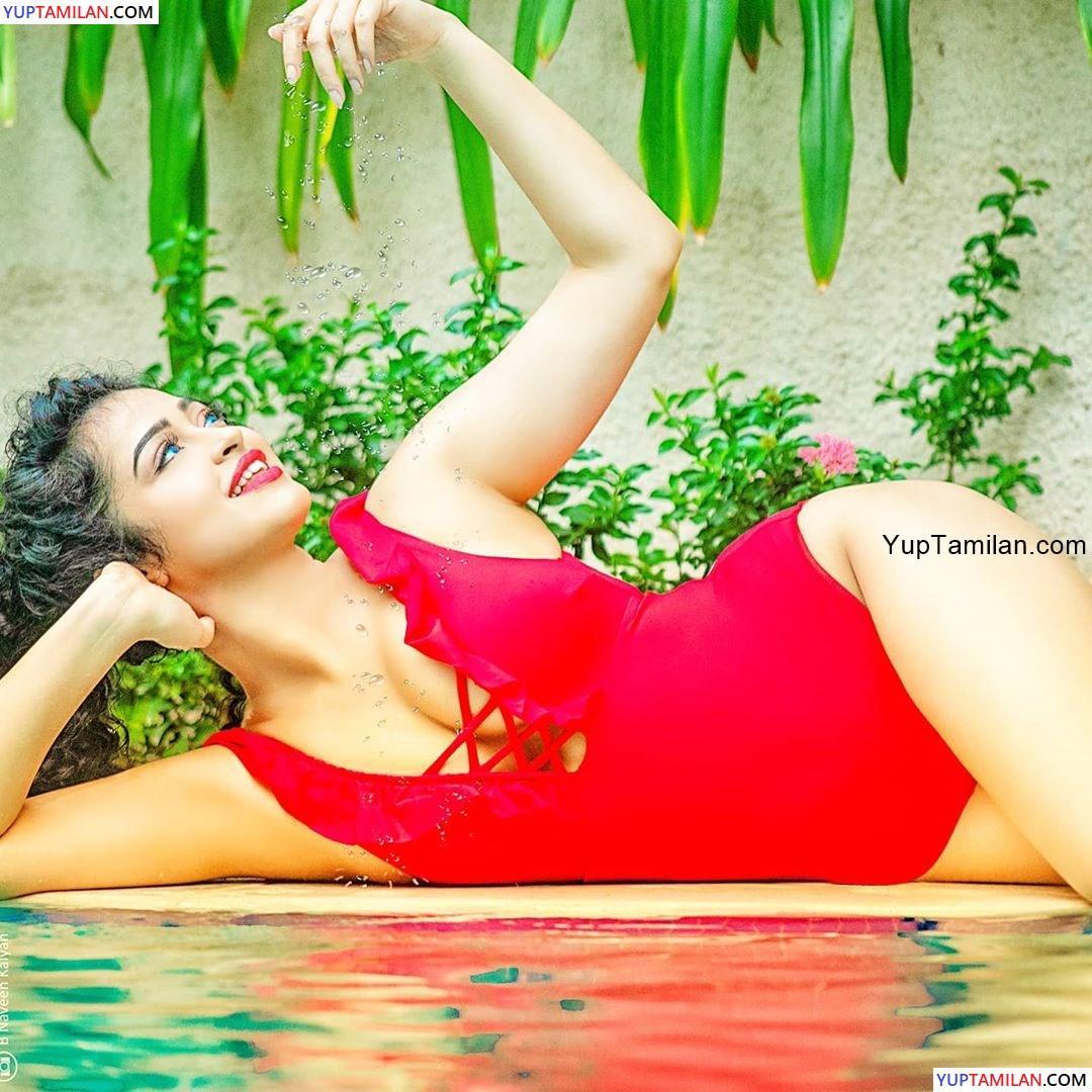 Apsara Rani Spicy Bikini Images- HD Photos