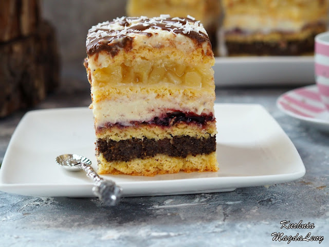 Dwa ciasta w jednym - makowiec i ciasto jabłkowe z masą budyniową