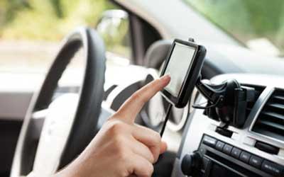 Keuntungan memasang GPS di mobil