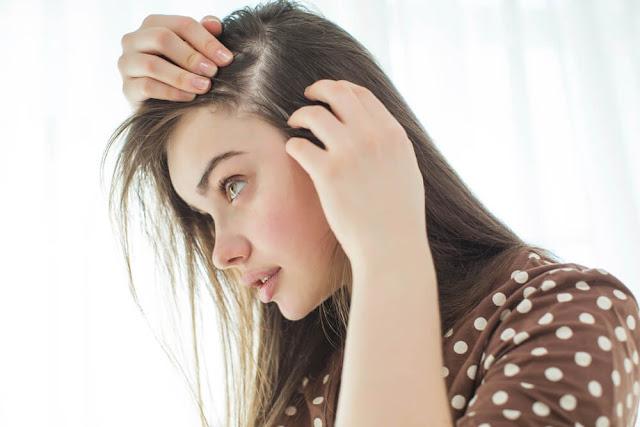 saç dökülmesine ne iyi gelir? saç dökülmesine önlemek için ne kullanılır? saç dökülmesine iyi gelen şeyler nelerdir?