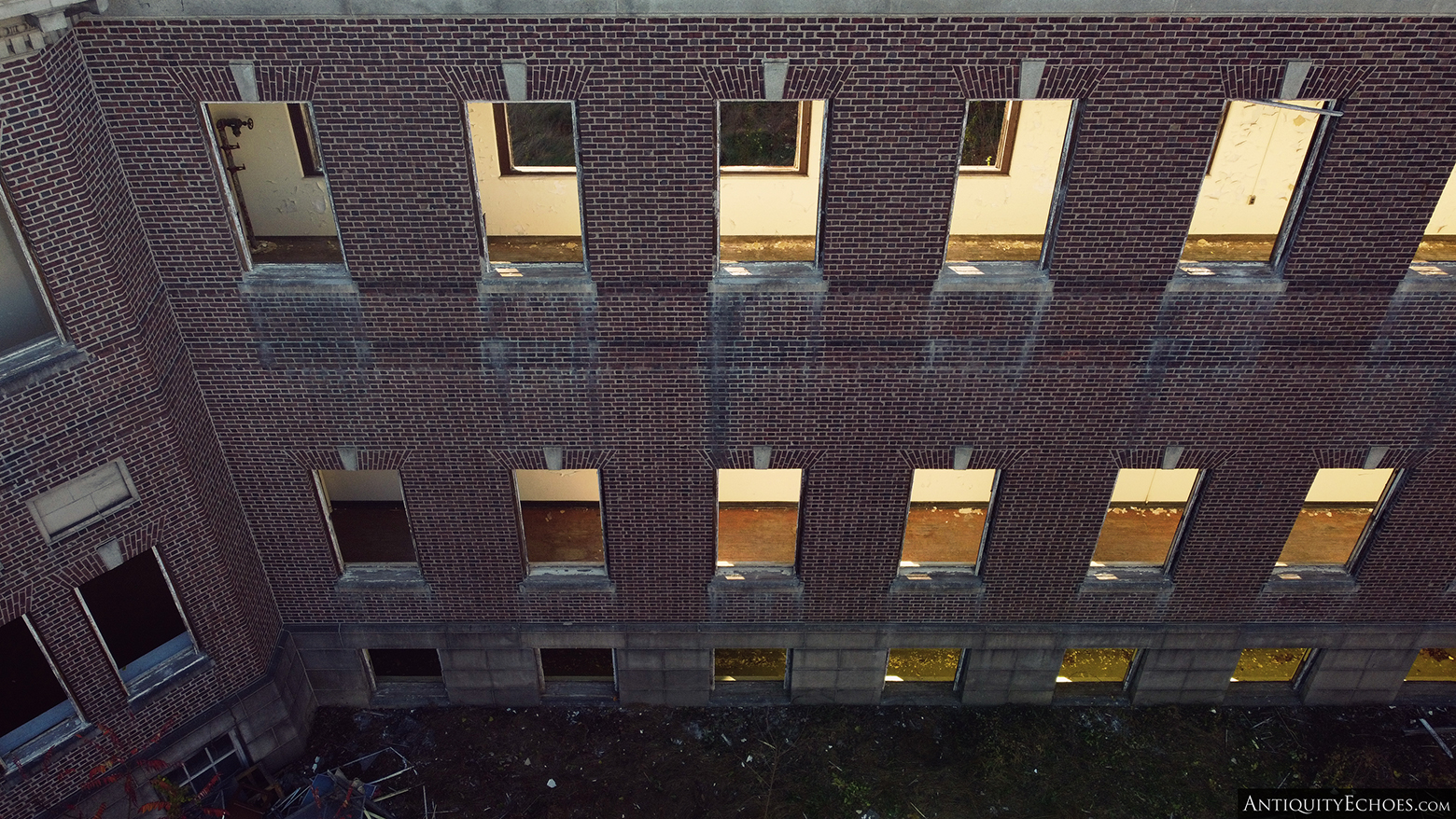 Allentown State Hospital - Windowless