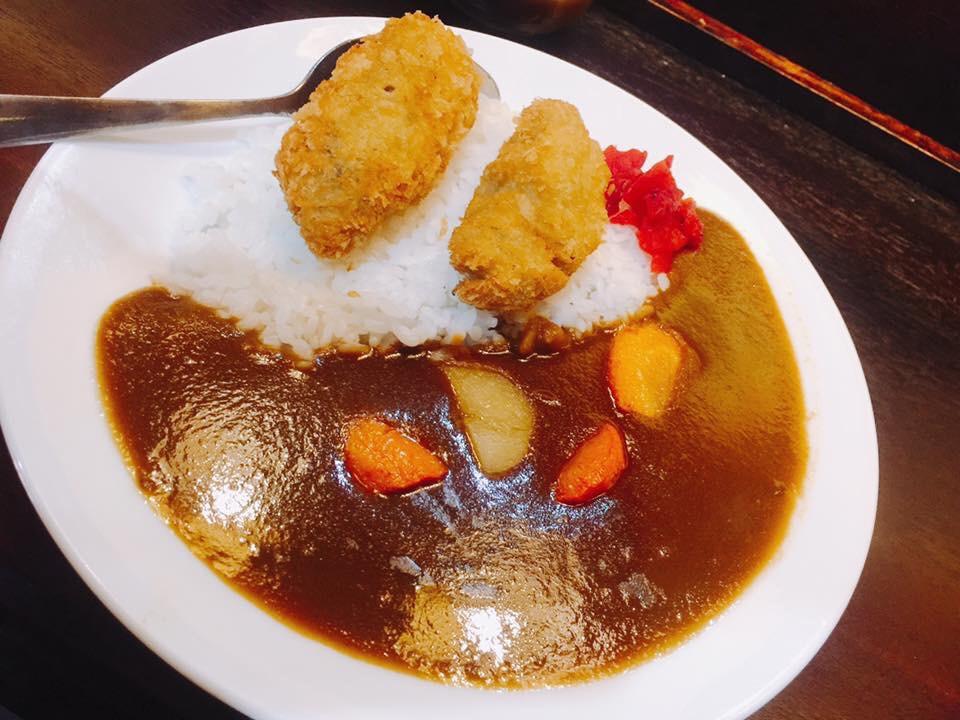 Curry with oyster (Cơm cari nhật hào chiên )