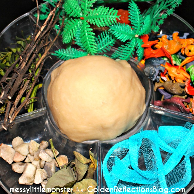Dinosaur playdough activity idea for toddlers and preschoolers.