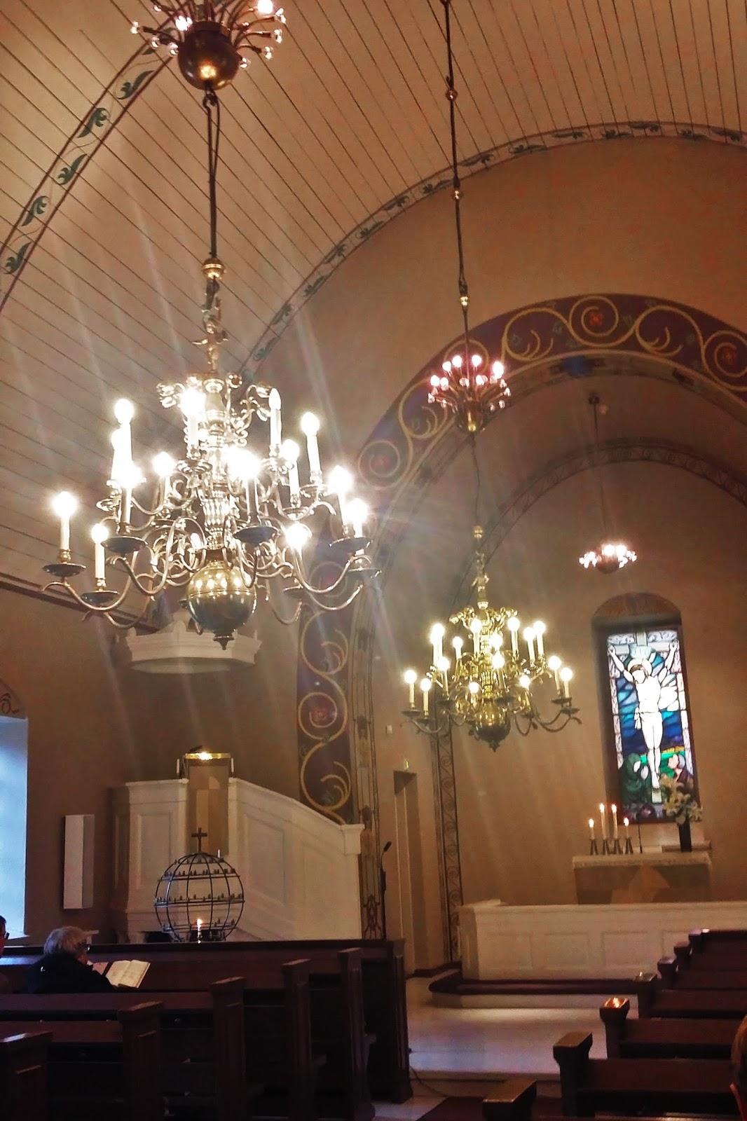 häämusiikki kirkossa