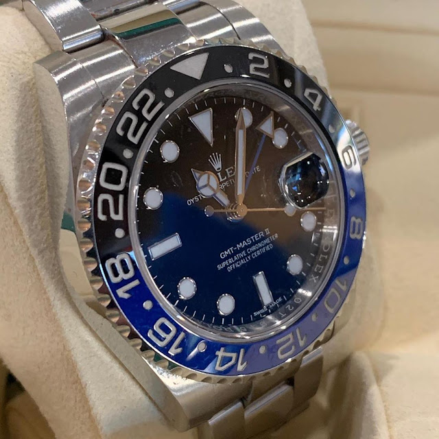 Rolex GMT Master II Batman Ref.116710BLNR Cerachrom Bezel in black and blue