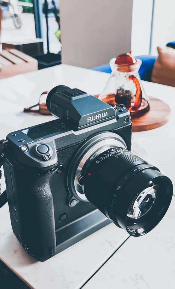 Объектив 7artisans 75mm f/1.25 с камерой Fujifilm GFX 100