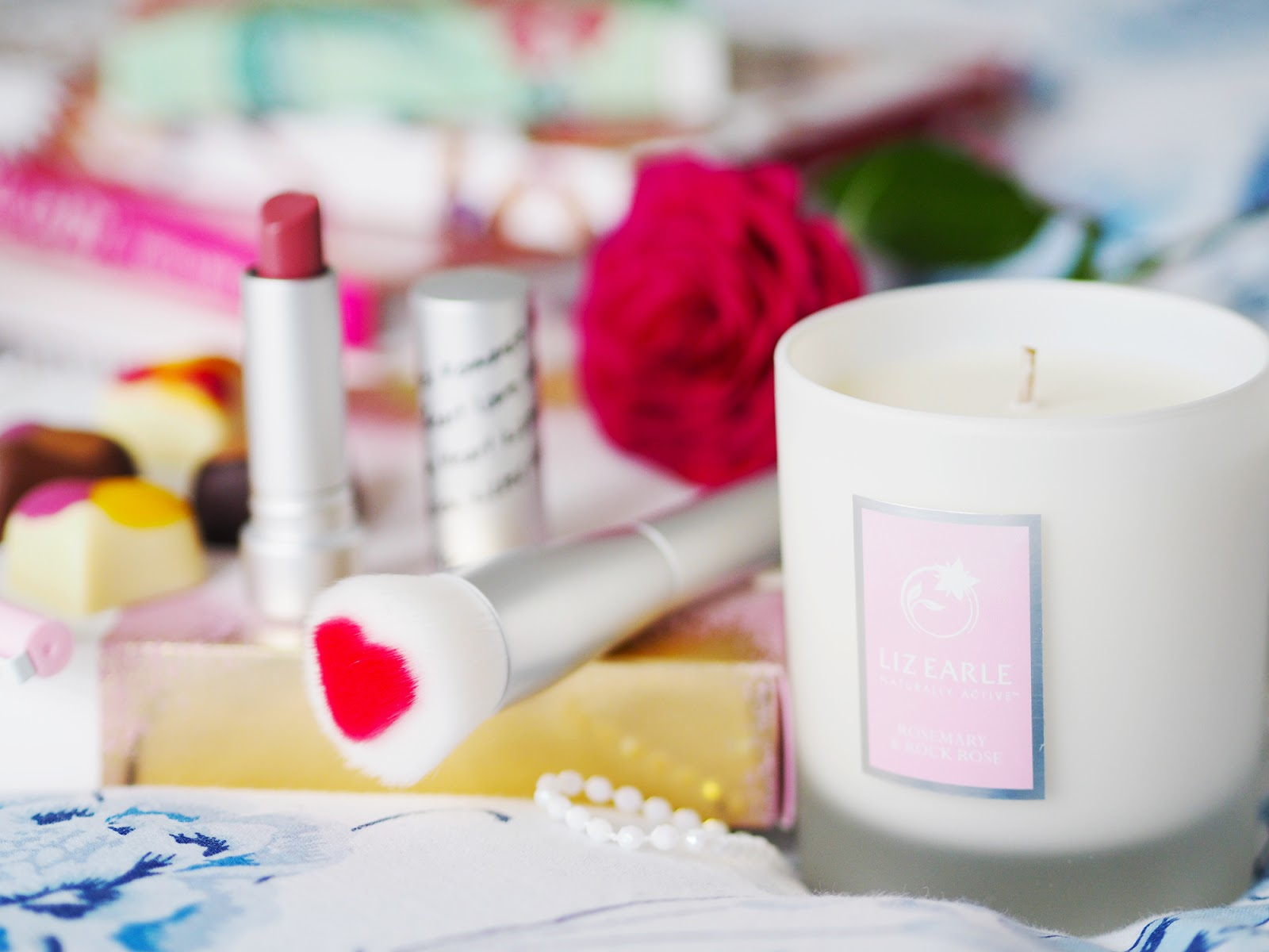 Valentine's gift ideas - Liz Earle Candle