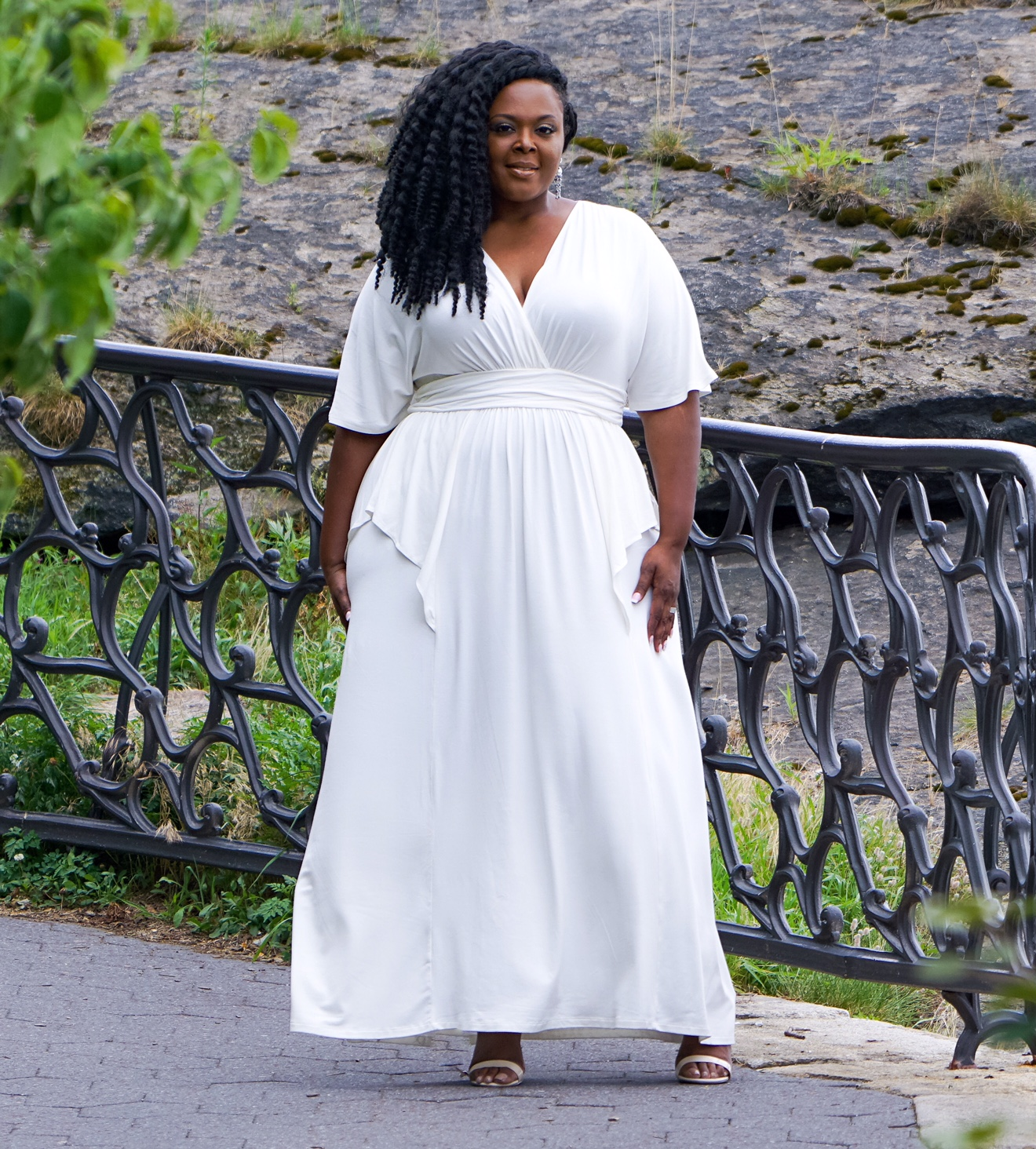 plus size maxidress, white plus size dress, white maxidress, kiyonna white dress, kiyonna maxi dress