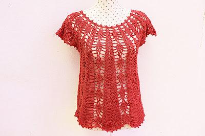 Blusa con piñas Majovel crochet 6