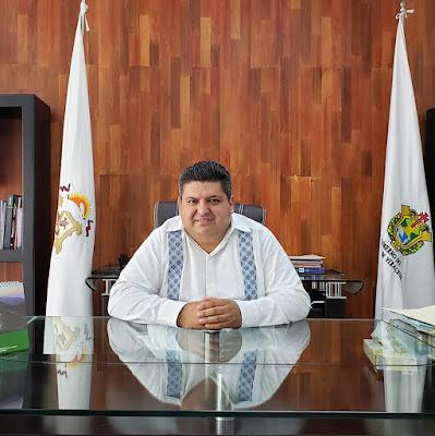 ALCALDE DE TUXPAN, VER. MÉXICO ANTONIO AGUILAR