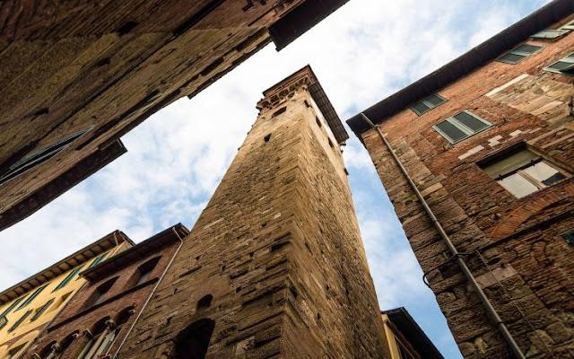 O que ver/fazer na Torre delle Ore em Lucca