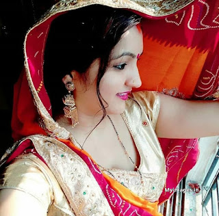 indian girl bhabhi photo | indian Aunty images Navel Queens