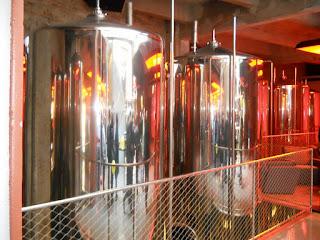 visita a la antigua fábrica de cerveza Moritz