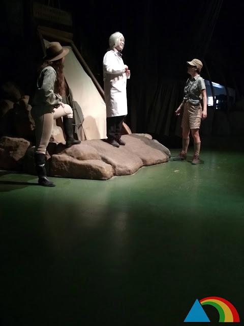 """Espectáculo """"El club de los paleontólogos"""" en Dinópolis"""