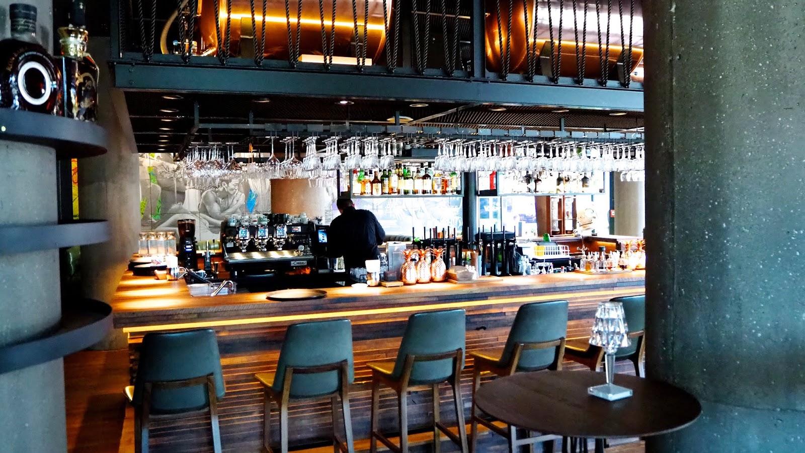 Spelunke Bar