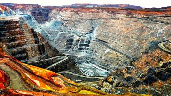 Super Pit Relic Revealed as New Mineral