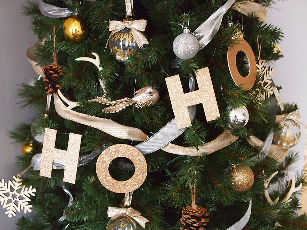 DIY Christmas Letter Garland For You Tree (Free Template)