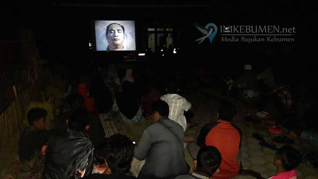Pemuda Jatimulyo Gelar Nobar  Film G30S/PKI