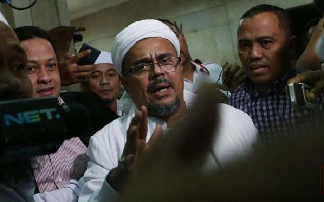 Di Hadapan Penyidik Bareskrim, Rizieq Tafsirkan Al-Maidah 51 Selama 7,5 Jam