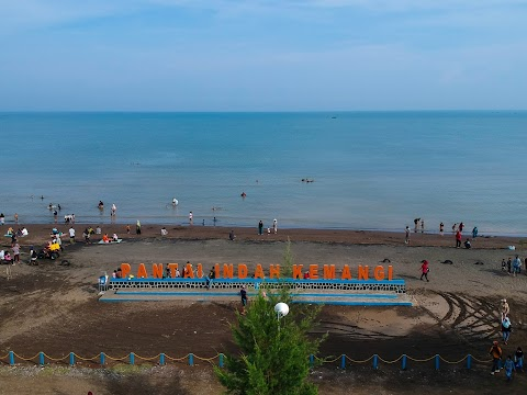 Pantai Indah Kemangi, Pantai Eksotik di Kabupaten Kendal