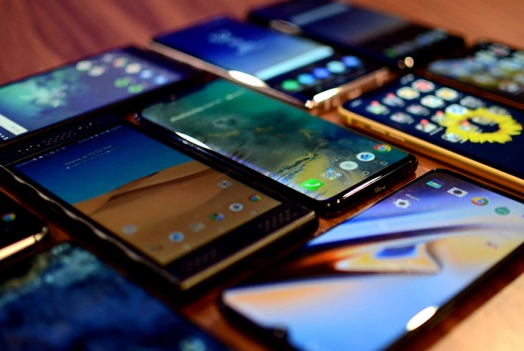 Best phones of 2020 in India under Rs.10000
