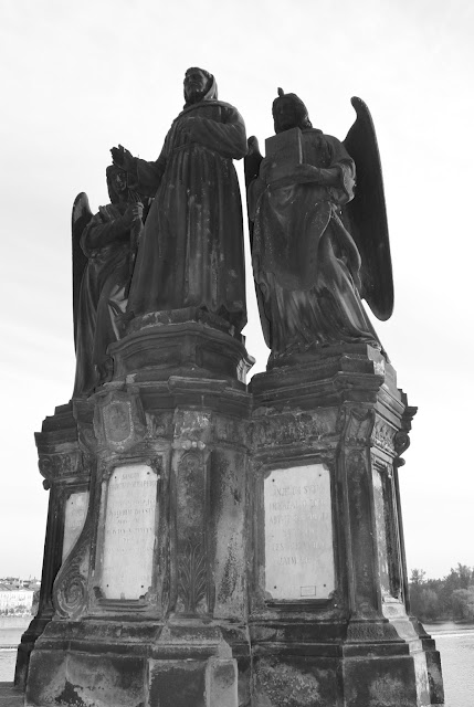 Mustavalkoisia muistoja Prahasta 26