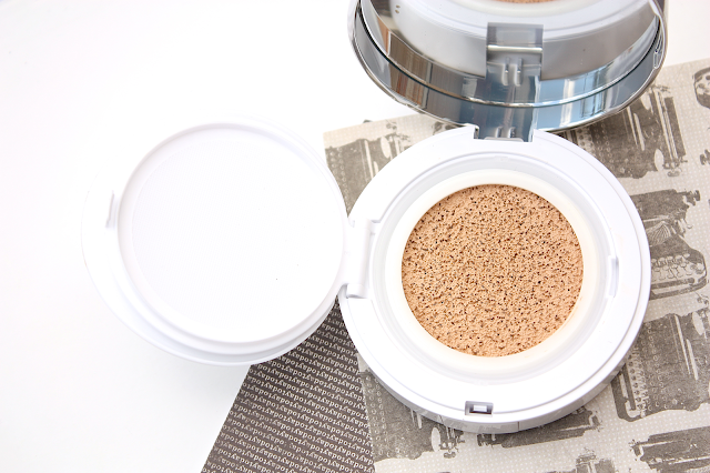 Lancome Miracle Cushion Compact Foundation Review