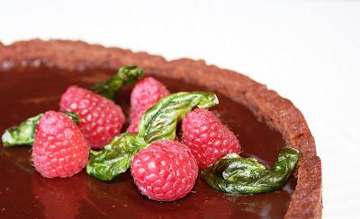Torta ai lampon con frolla al cioccolato secondo la ricetta di Knam
