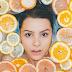 Vitamina C: Alimentação x Dermocosméticos – benefícios e diferenças