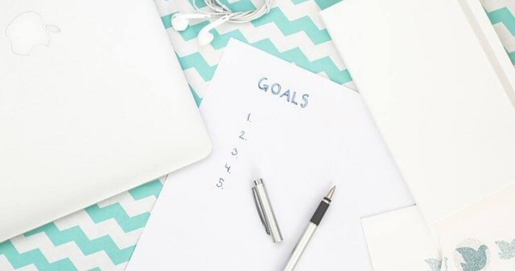 استثمر في نفسك  |  7 طرق قوية للإستثمار في نفسك ، من شأنها أن تغير حياتك