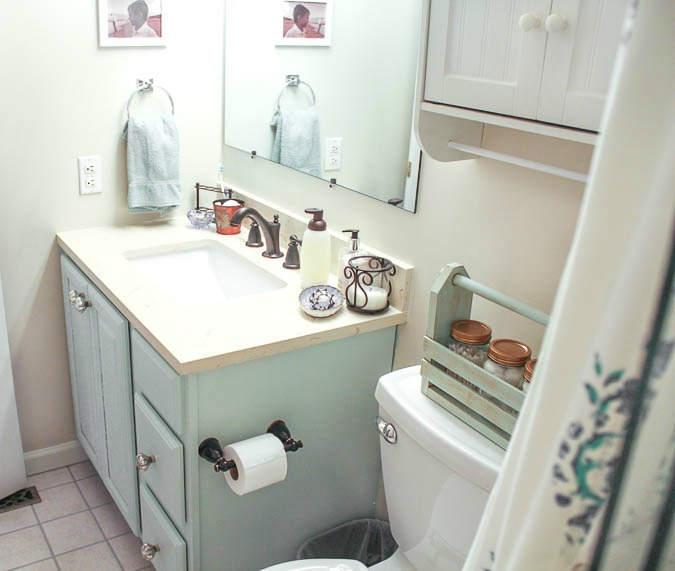 DIY Bathroom Vanity Makeover