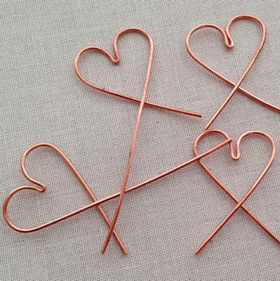 This is a great technique to make four wire jewelry frames (or earwires) at once and have them all match.  Lisa Yang's Jewelry Blog