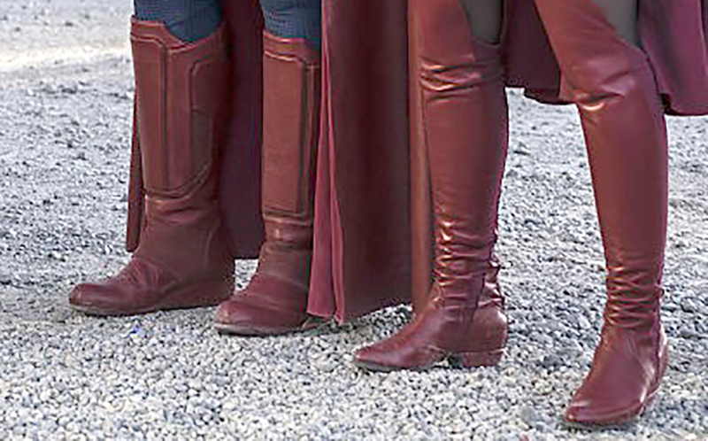 how to make supergirl boots
