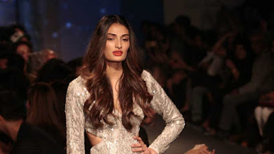 athiya-shetty-becomes-princess-for-shyamal-bhumika