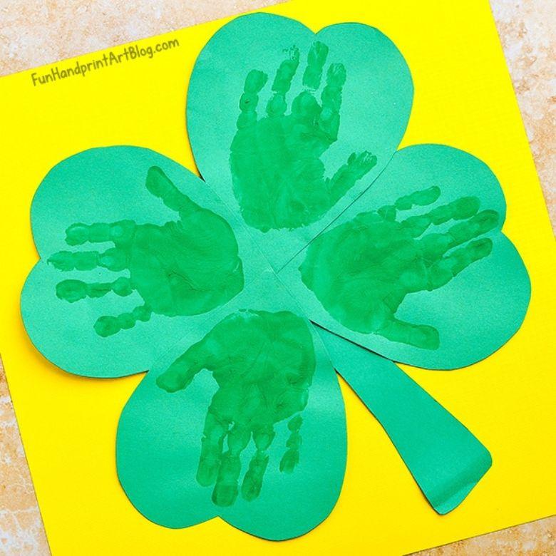 St Patricks day crafts for preschoolers - handprint shamrock