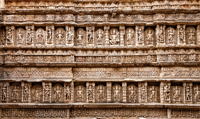 A sidewall of Rani Ka Vav with sculptures