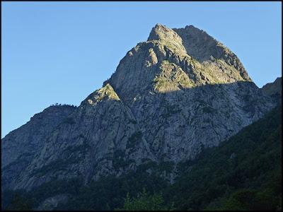 Dent d'Orlu desde el valle de Orlu