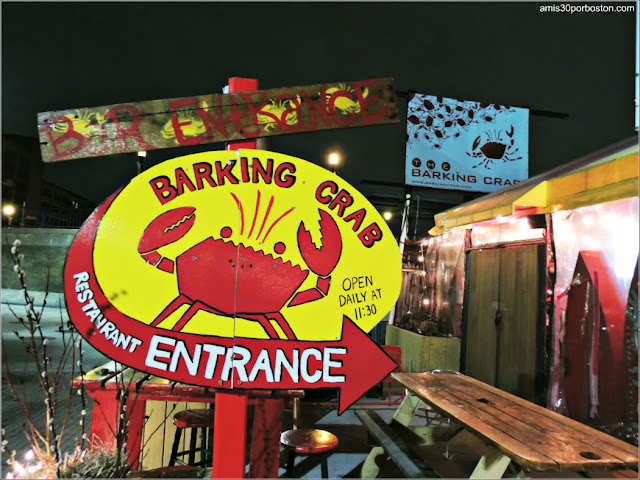 Interior del The Barking Crab en Boston