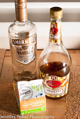 christmas cocktail, vanilla christmas dream, vanilla vodka, amaretto, cream
