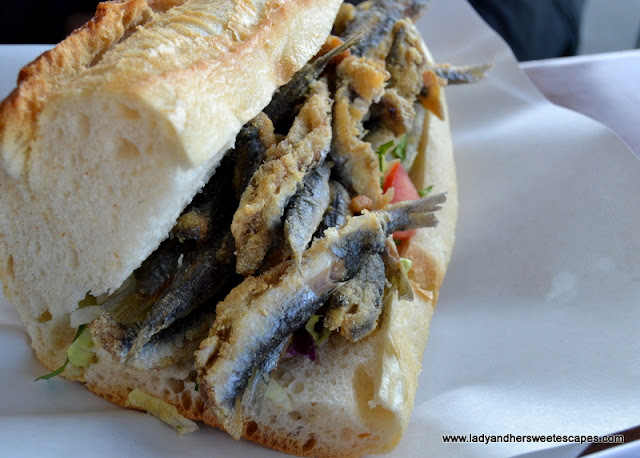 Hamsi Sandwich
