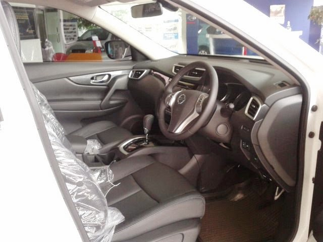 Interior Nissan X Trail