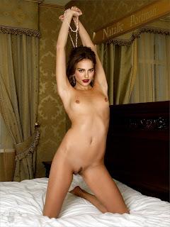 226552783 NataliePortman09 123 701lo Natalie Portman Nude in Bedroom Possing her Boobs & Trimmed Pussy Fake