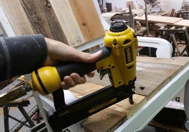 Dewalt tools, airgun, brad nailer, DIY, https://goo.gl/FtTkry