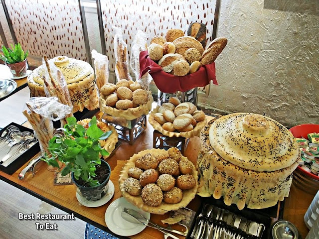 CHRISTMAS 2018 Menu - Soup and Bread
