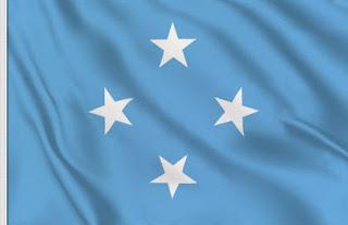 Bendera Negara Mikronesia  Mikronesia. mungkin ada beberapa orang yang baru tahu kalau mikronesia adalah nama sebuah negara.Lalu, bagaimana dengan kalian?Mikronesia adalah subkawasan oseania, wilayahnya terdiri dari ribuan pulau kecil di samudera pasifik barat.  Mikronesia mempunyai sejarah budaya bersama dengan dua wilayah kepulauan lainnya,yaitu polinesia di timur dan melanesia di selatan.Wilayah mikronesia meliputi beberapa negara berdaulat dan negara merdeka,  diantaranya adalah negara federasi mikronesia /negara mikronesia,palau,kiribati,kepulauan marshalldan nauru.  Pada pembahasan Beberapa Artikel pada blog ini mungkin sudah banyak tau tentang Negara-negara lain.Untuk Postingan kali ini kita akan membahas tentang salah satu negara di kawasan mikronesia,yaitu negara federasi mikronesia.Untuk lebih lengkapnya inilah Profil Ringkasan Dan Fakta Unik Negara Mikronesia.  Negara federasi mikronesia adalah nama resmi dari negara yang biasa kita kenal dengan nama mikronesia. Mikronesia adalah sebuah negara kepulauan yang tersebar di samudera pasifik barat,seperti halnya negara kepulauan pada umumnya mikronesia terdiri dari ratusan pulau yang membentuk negaranya,setidaknya ada sekitar 607 pulau di negara tersebut.  Total luas wilayah negara ini adalah sekitar 2.600.000 kilometer persegi,namun total luas daratan di negara ini hanya sekitar 702 kilometer persegi,yang jika kita bandingkan dengan luas kota di indonesia, luas daratan dari mikronesia masih sedikit lebih luas dari kota padang dengan luas 695 km persegi dan sedikit lebih kecil dari kota batam yaitu dg luas 715 km persegi.Mikronesia membujur dengan jarak hampir 2700 kilometer tepat di utara garis khatulistiwa,negara ini terletak di sebelah timur laut pulau papua di indonesia dan papua nugini,selatan guam dan kepulauan mariana, barat nauru dan kepulauan marshall,dan berada di sebelah timur dari palau dan filipina.  Mikronesia adalah sebuah negara federasi dimana wilayah negara ini terdiri dari empat wilayah nega