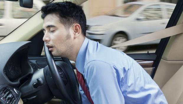 """Kenapa Capek, Padahal """"CUMA"""" Duduk Di Mobil ?"""