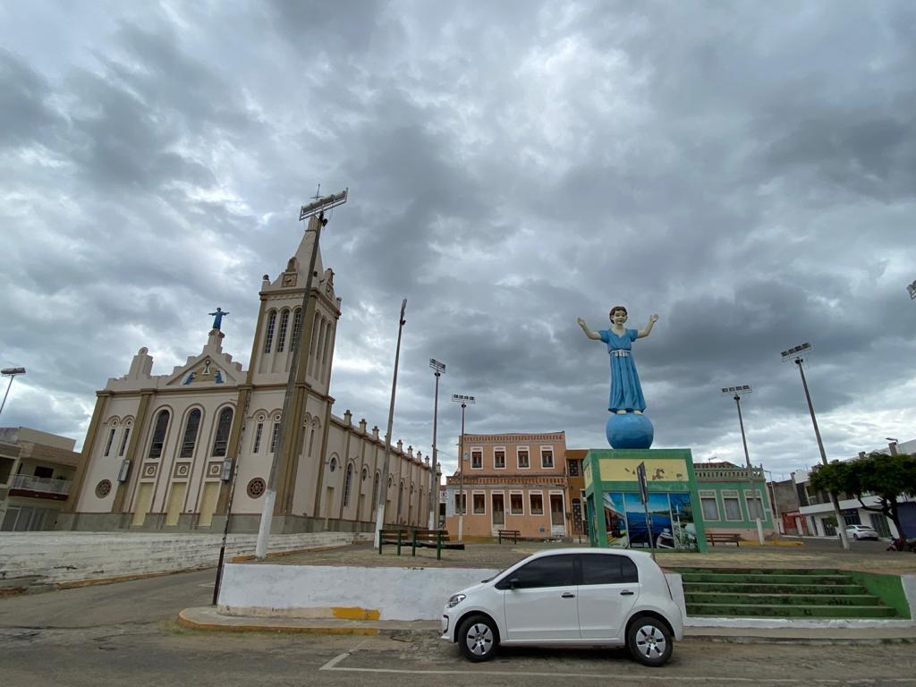 Lei cria em Aurora dia municipal de homenagem às vítimas da Covid-19
