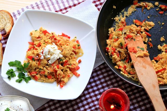 Kajgana-sa-lukom-i-paprikom - Šerpicina škola kuvanja