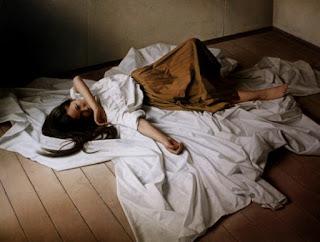 hiperrealistas-pinturas-mujeres-escenas-en-descanso mujeres-pinturas-oleo
